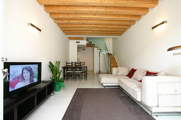 Nice Baia Apartment: Ground Floor Apartment In Venice With Modern Furnishings  And Court, Cannaregio Venice