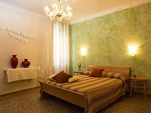 Nice rooms nearby Rialto Venice